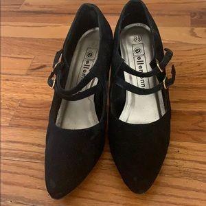 Black velvet heels